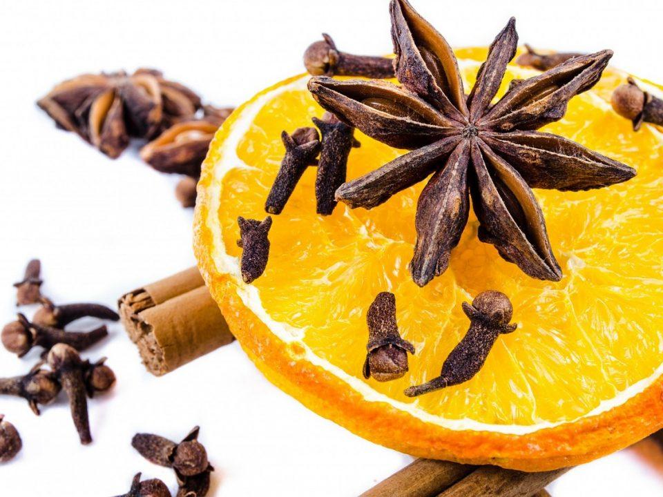 Naturalny aromat cynamonu